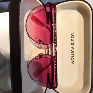 Beautiful LV Glasses just not for me, Never Worn!